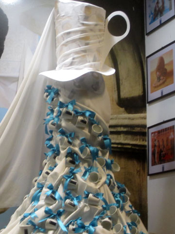 elemag-lavazza-dress-window