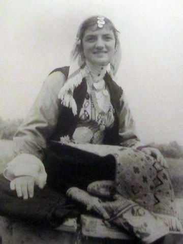 woman-in-traditional-dress
