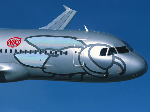 niki-airlines-plane-480x360