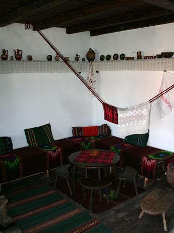 baba-iliitsa-house-museum-interior