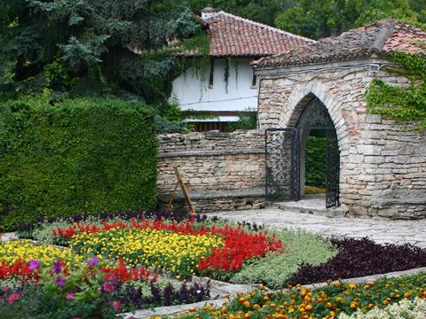 balchik-garden-480x360