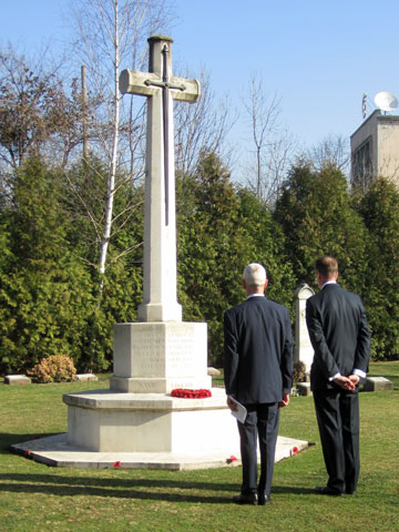 british-war-cemetery-sofia-wreath-laying