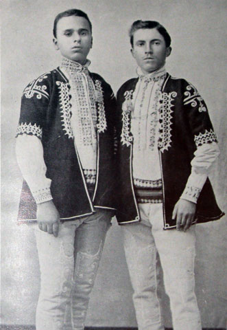bulgarian-peasant-lads-of-bazardjik
