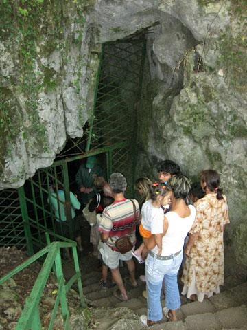 saeva dupka cave-entrance