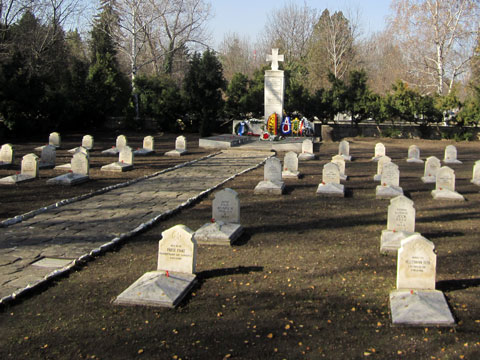 german-war-cemetery-sofia-view