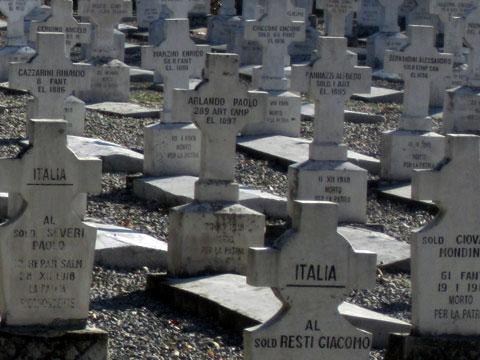 italian-war-cemetery-graves