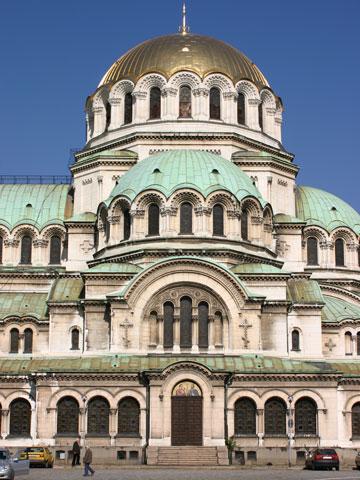 nevsky-big-dome-side-view-360x480