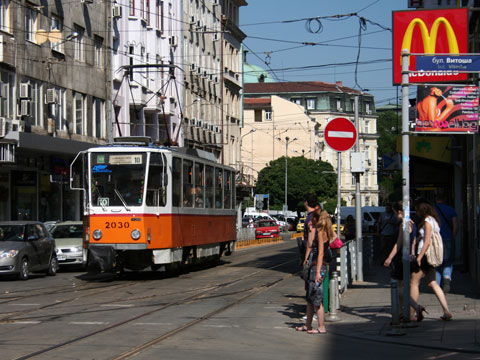 number-10-tram-orange-for-web-2