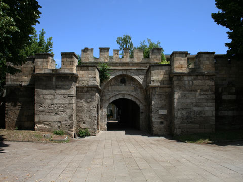 old-city-gate-04
