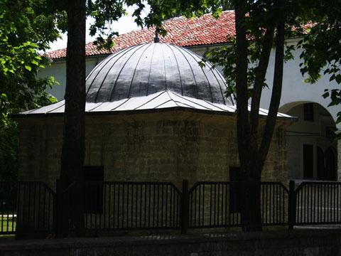 osman-pazvantoglu-library-01