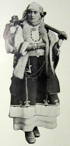 prosperous-peasant-woman-of-tarnovo