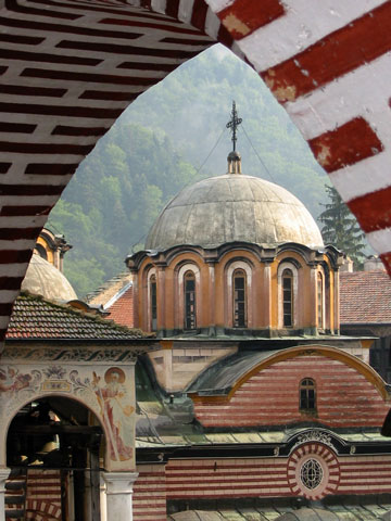 rila-church-cupola-through-arch-480x360