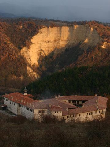 rozhen-monastery-360x480.jpg